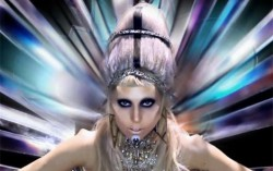 Кадр из клипа Lady Gaga