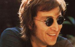 Джон Леннон. Фото с сайта blogoblago.ru