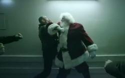 Кадр из клипа Skrillex — «Ruffneck»