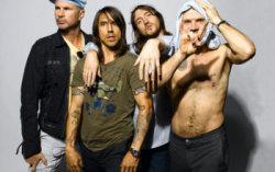 Red Hot Chili Peppers. Фото с сайта 101.ru