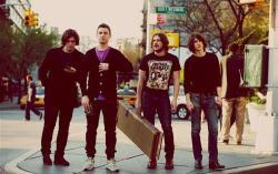 Arctic Monkeys. Фото с сайта lastfm.ru