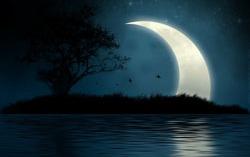 Луна. Фото с сайта liveinternet.ru