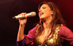 Ани Лорак. Фото с сайта yaom.ru