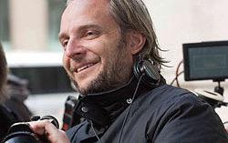 Френсис Лоуренс. Фото с сайта creativejournal.ru