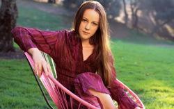 Джена Мэлоун. Фото с сайта kinodrive.com