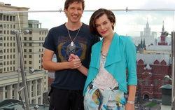 Милла Йовович и Пол Андерсон на презентации фильма. Фото с сайта kinonews.ru