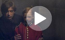 Кадр из клипа «Би-2» «Блеф»