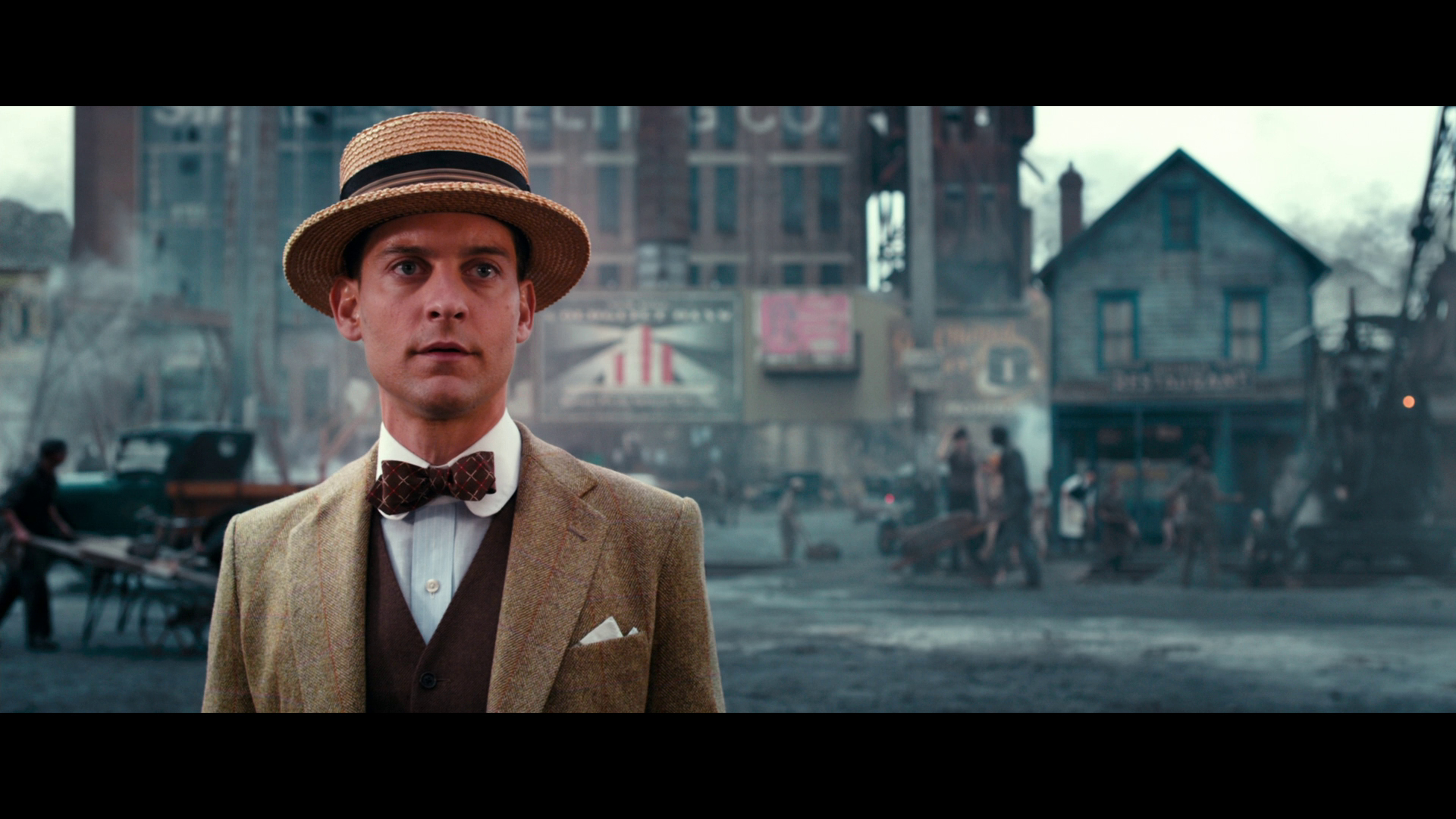 commentary one character great gatsby nick carraway Everything you ever wanted to know about nick carraway in the great gatsby, written by masters of this stuff just for you.